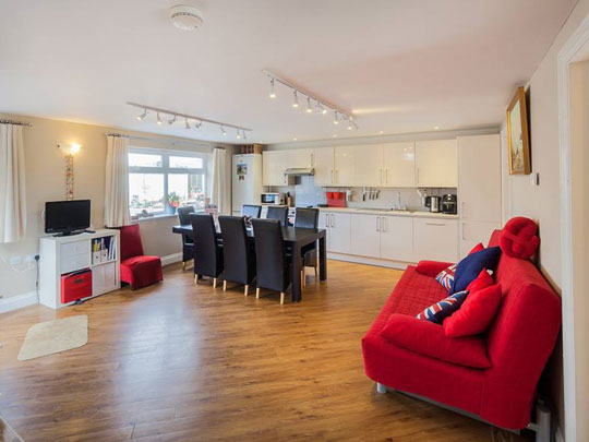 HensAndStags - Chichester Self Catering Main 1