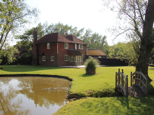 HensAndStags - Darling Buds Farm Main 1