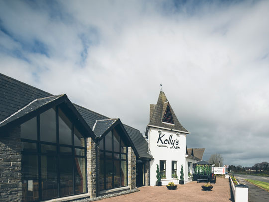 HensAndStags - Kellys Inn Main 1