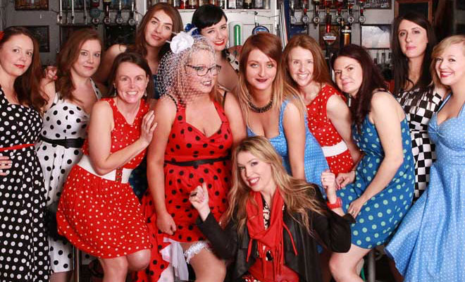 01d753df3cc85 Retro Galway Hen Party Photoshoot with Boudoir Girls | HenorStag