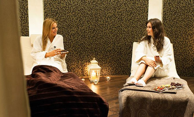 Hen party spa breaks in northern ireland henorstag - Hen party houses with swimming pool ...