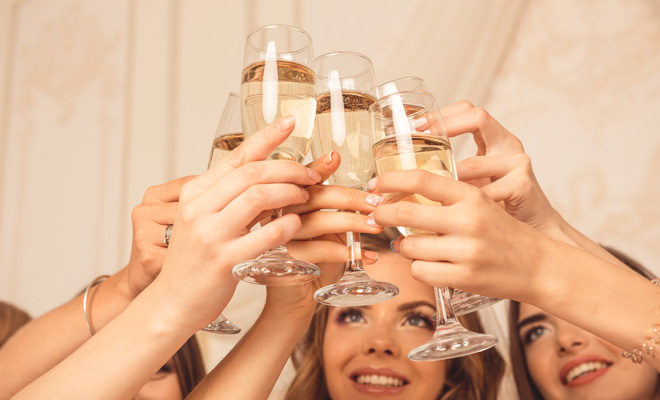 hen-party-etiquette-who-to-invite-05.jpg