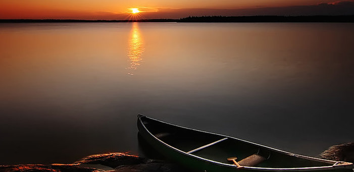 my_old_canoe_by_northernbackroads-d5bpzl0.jpg