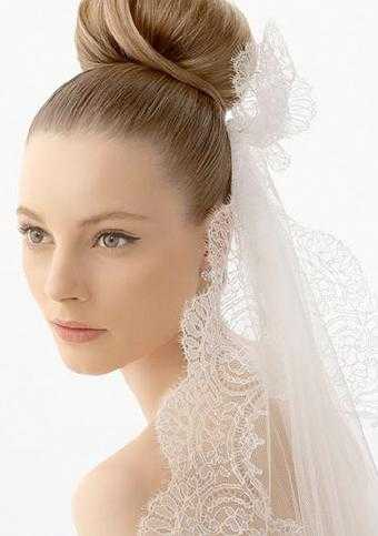 Wedding Hairstyles To Match Your Wedding Dress | HenorStag
