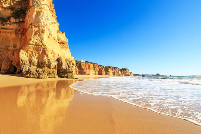 5-Summer-Stag-Do-Ideas-Abroad-Algarve.jpg