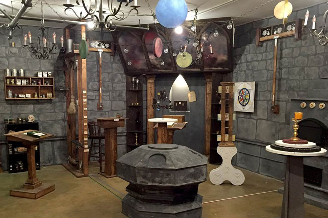 Indoor stag party activities suitable for winter henorstag for Escape room party