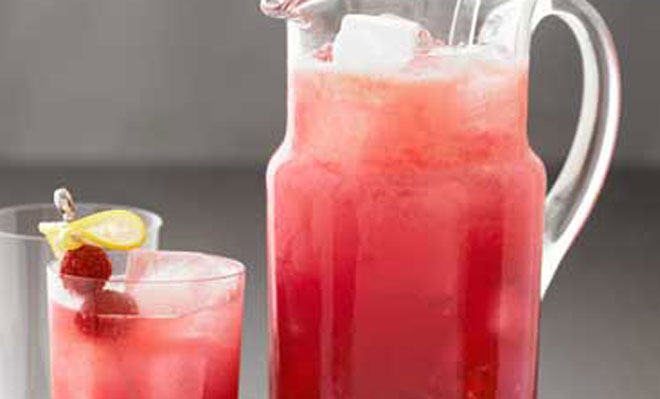 Berry lemonade pitcher cocktail recipe henorstag for Pitcher drink recipes for parties